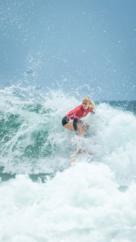 Tatiana Weston Webb surfing wave at Supergirl Pro
